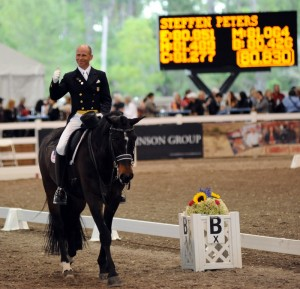Steffen Peters and Ravel scored a resounding victory in the World Dressage Masters Grand Prix.