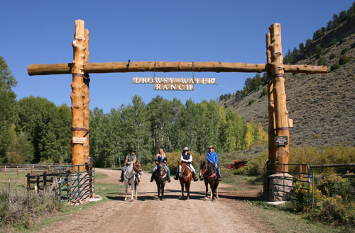Rocky Mountain Dude Ranch from The Trail Rider | Equisearch